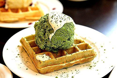 Green Tea Ice Cream & Waffle @ Juno Cafe in Seoul, South Korea