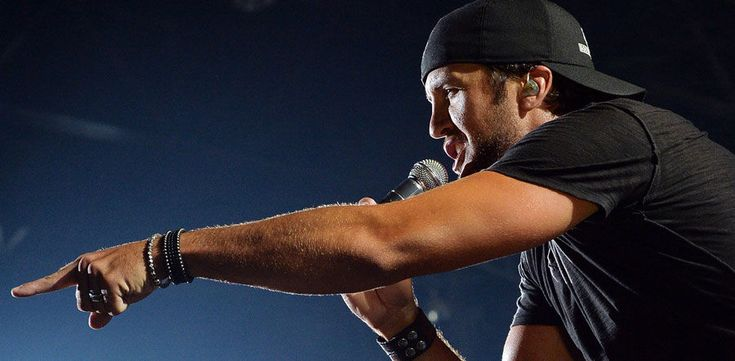 Country superstar Luke Bryan has announced plans for a huge 2015 North American tour with some very popular opening acts along for the trek.