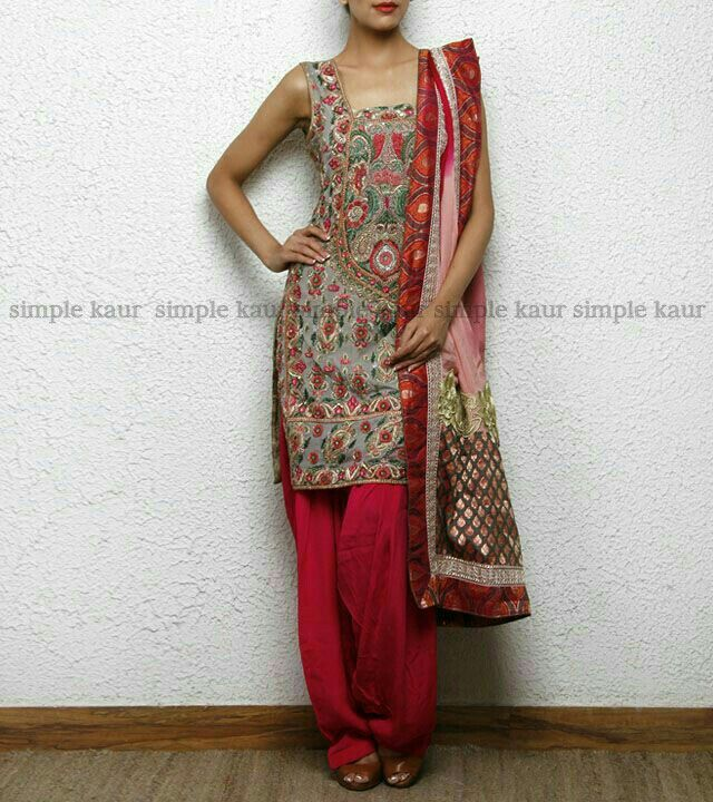 simple kaur designer