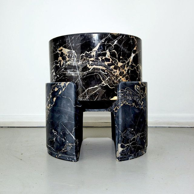 Kueng Caputo | Too Hard To Be True Stool (2016) | Available For Sale ·  Antike MöbelMurmelnBeistelltischeArchitekturdesign