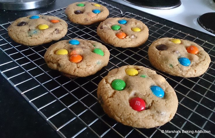 Soft Chocolate Chip & M&M Cookies