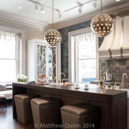 Matthew Quinn – Kips Bay Decorator Show House 2014 One of the best kitchens I've ever seen. Stunning!