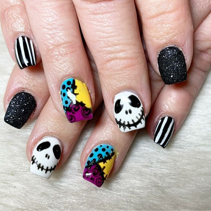 Halloween Nails 2020 Jack Skellington Jack Skeleton nails | Nightmare before christmas nails, Halloween