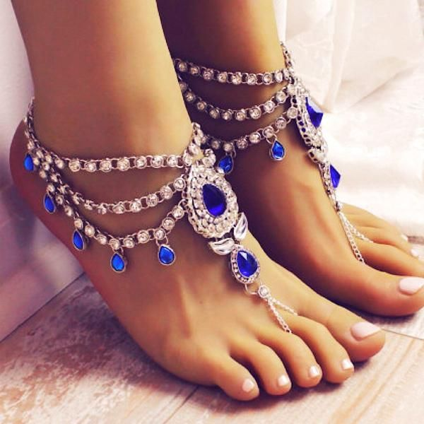 Silver Tone Indian Wedding Foot Jewelry with Blue Kundan Stones.Barefoot Sandals.Add Something Blue for the Barefoot Bride.Bollywood Wedding Anklet with Toe Ring