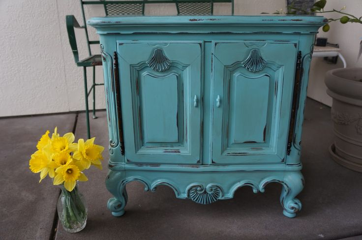 shabby chic chalk painted furniture green shabby drexel nightstand mersman cottage chic. Black Bedroom Furniture Sets. Home Design Ideas