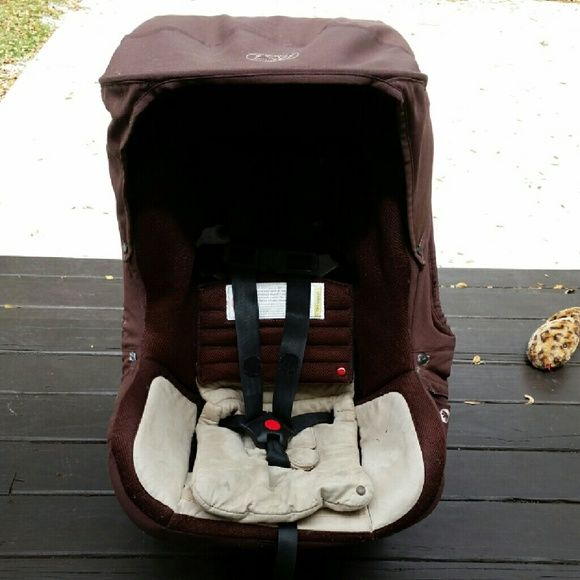 Orbit baby toddler car seat w sunshade Used Orbit baby toddler car seat with detachable sunshade in mocha. Retails for $399 new. Local Pick up preferred. orbit baby  Other