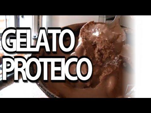 Hai voglia di un gelato proteico low carb? Allora questa è ricetta che fa per te: Gelato proteico in soli 5 minuti.