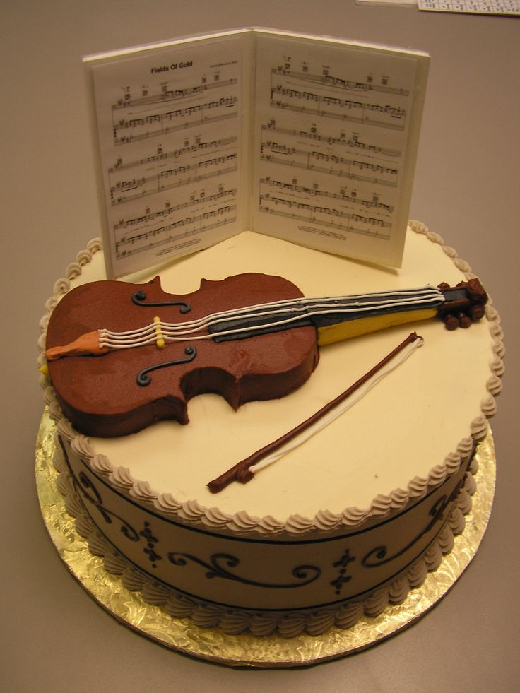 80 best images about music birthday cakes and parties on for Violin decorating ideas