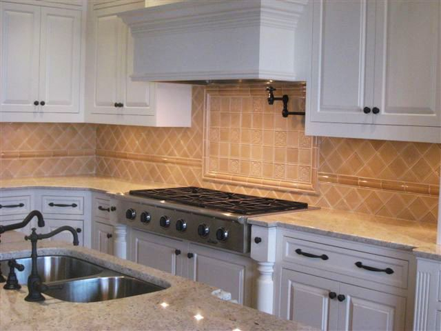 Loure Kitchen - Backsplash