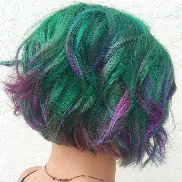 "Still obsessed over ""Succulent"" by our stylist Aly  @alyloveshair  #succulent #succulenthair #newtrend #hairtrend #modernsalon #hairordyechick #joicointensity #pravananeons #mermaidhair #hairinspo #floridasalon #guytang"