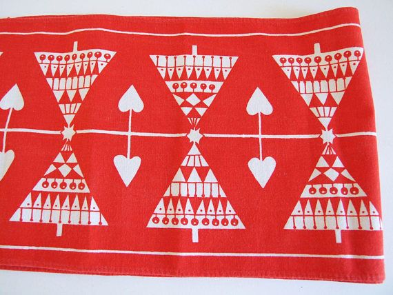 Sweden Christmas Table Runner  // Christmas doily Christmas