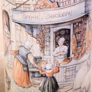 Dutch rusk tin 'The Old Bakery'