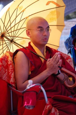 """Realization ~ Mingyur Rinpoche http://justdharma.com/s/ehm69  Experience is always changing, like the movement of clouds against the sky. Realization – the stable awareness of the true nature of your mind – is like the sky itself, an unchanging background against which shifting experience occur.  – Mingyur Rinpoche  from the book """"The Joy of Living: Unlocking the Secret and Science of Happiness"""" ISBN: 978-0307347312…"""