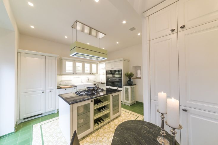 Arbeitsplatte x backofen x beleuchtung x Dunstabzug x Fensterbank - steckdose arbeitsplatte küche