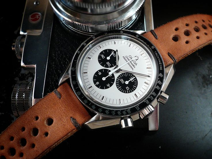 Speedmaster Mitsukoshi Project 'Domino' dial