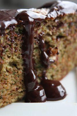 Kuchenne Fantazje: Ciasto cukiniowe z orzechami