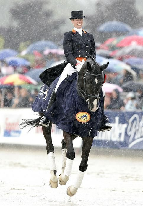 anky van grunsven and the infamous Keltic Salinero :) absolutely gorgeous