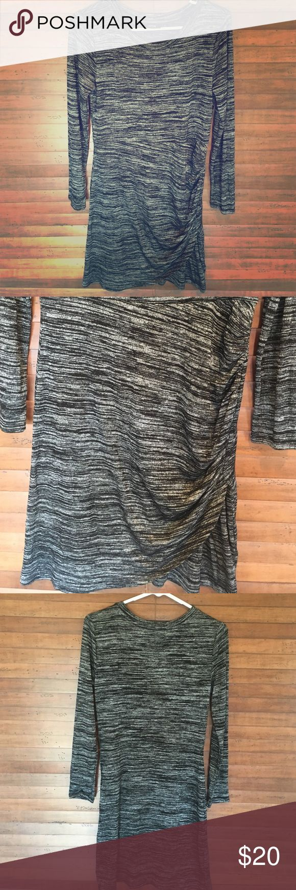 Heather grey long sleeve dress Long sleeved dress, has some ruching on the left side which adds for a very slimming fit! Never been worn! Apt. 9 Dresses Long Sleeve