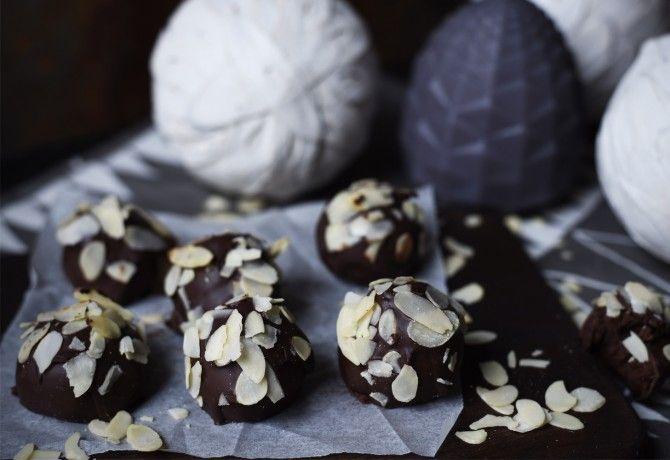 Mandulás csokigolyó