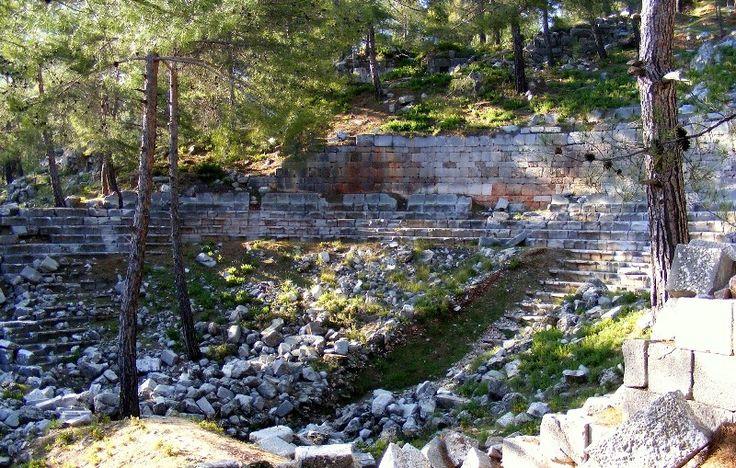 Amphitheater Cadianda Uzumlu http://uzumlu-info.com