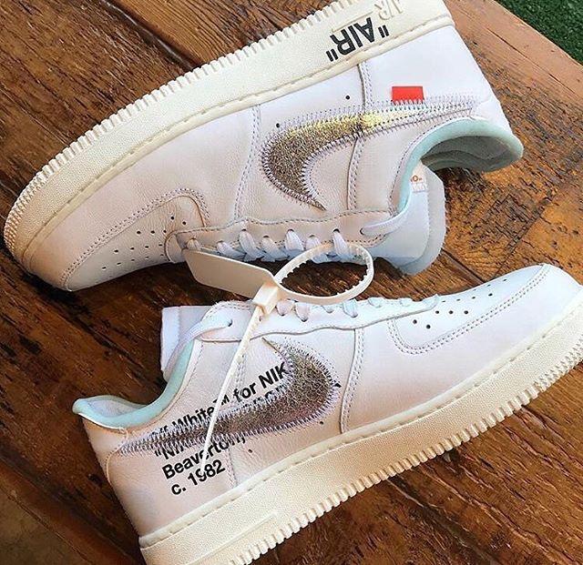 Off-White x Nike Air Force 1 V2 - White