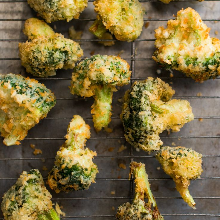 This fast snack or side gives broccoli a light, crispy texture from being fried in panko flakes.