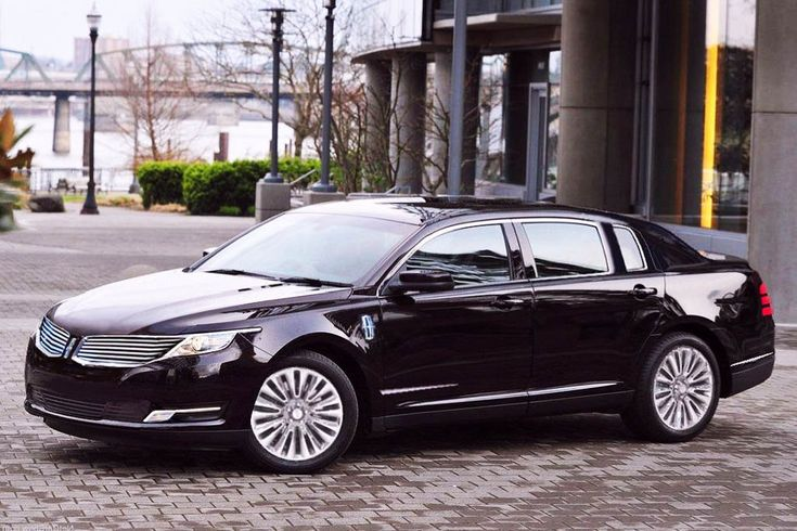 2017 Lincoln Town Car Review, Release Date and Price - http://www.autos-arena.com/2017-lincoln-town-car-review-release-date-and-price/