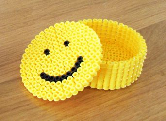 Smiley box hama perler beads by famvanwijk. Like the shape- could change the pattern.
