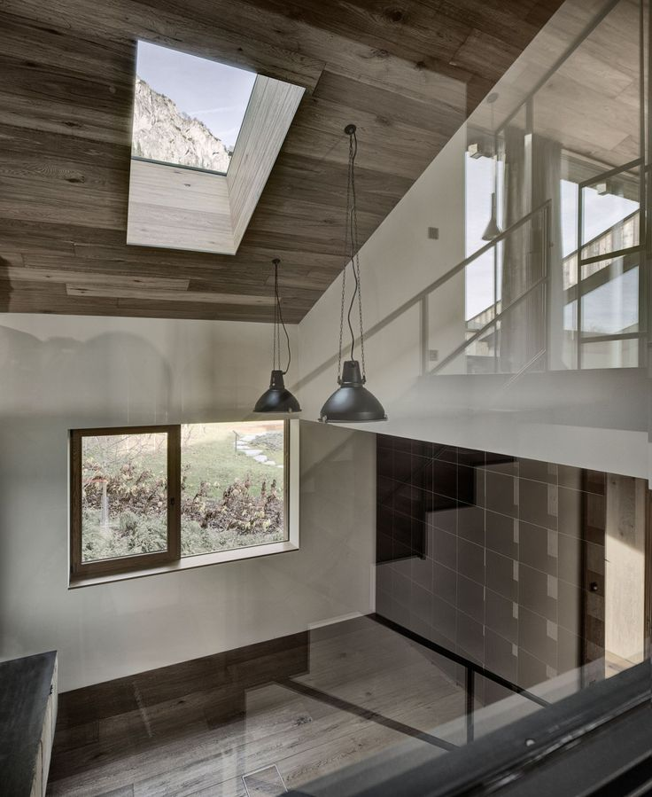 Rustic House Design in Austria: Wooden Ceiling With Skylight Window Cozy  Rustic House