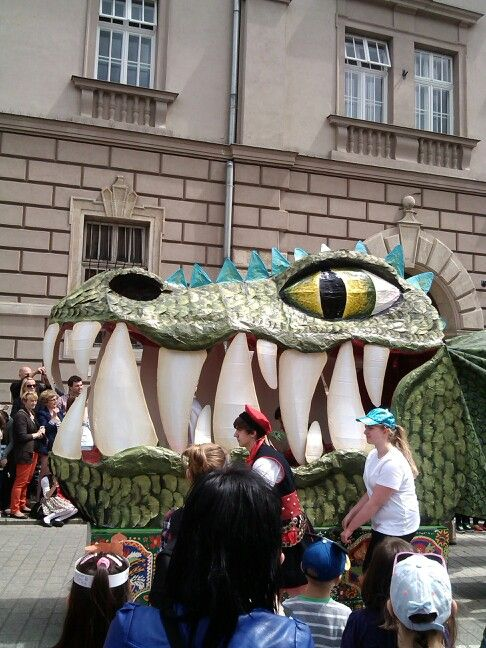 Nice smile - Dragons parade 2014.