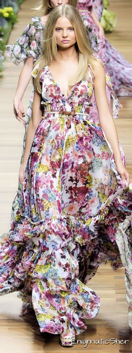 Deleriously beautiful floral boho long floating dresses from Dolce And Gabana Spring 2011. The wide elastic is deeply flattering, Ewa I Walla utilises this feature on their skirts.