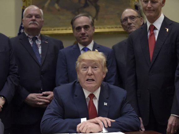 Trump Probably Won't Defy Midterm Gravity | FiveThirtyEight