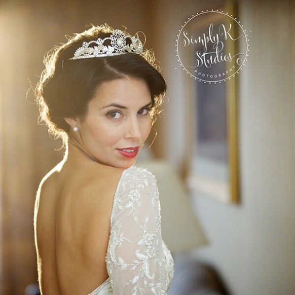 Adorable Bridal Makeup Ct - Makeup Tips Pick the right sort of makeup. After you have the proper kind of cosmetics for your skin type, you still must decide