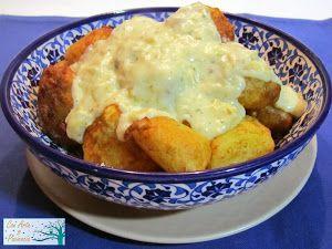 Patatas rebozadas con salsa de ajo