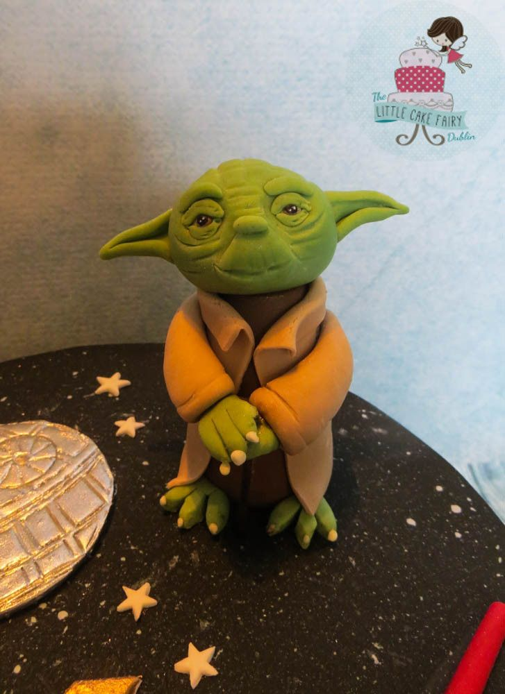 Yoda cake topper for Star Wars Cake www.littlecakefairydublin.com www.facebook.com/littlecakefairydublin