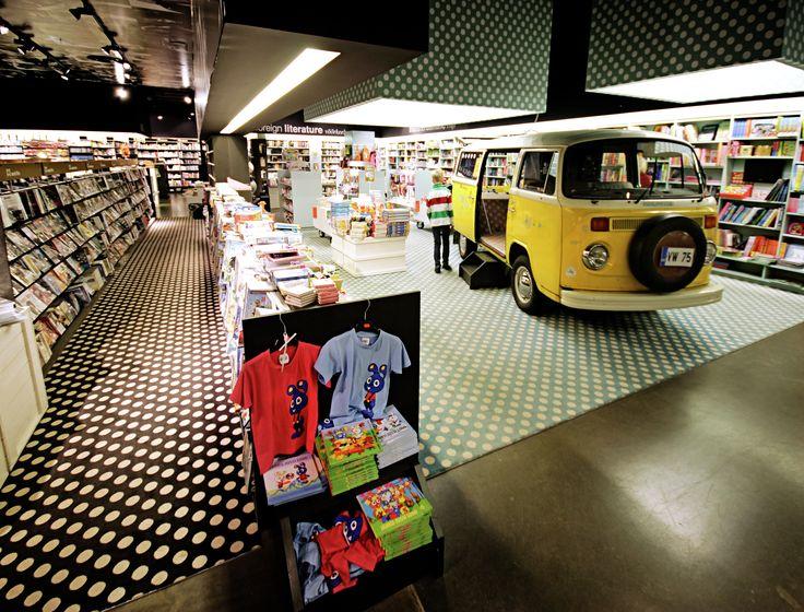 Location: Apollo Bookstores, Estonia www.egecarpets.com