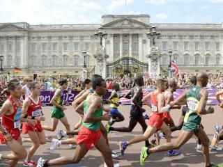 Marathon running is bad for you, and it's best to keep exercise to a maximum of 50 minutes a day say doctors