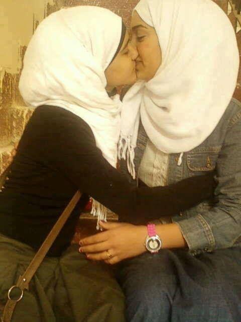 Arab lesbian kiss