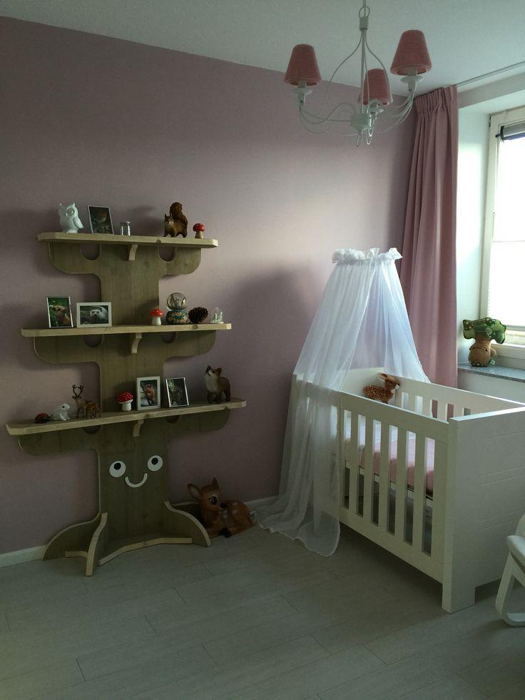 25 beste idee n over bos thema slaapkamers op pinterest bos slaapkamer bos kamer en bos decor - Thema slaapkamer meisje ...
