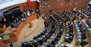 SEMANARIO BALUN CANAN: Aprueban polémica ley de monopolio en las telecomu...