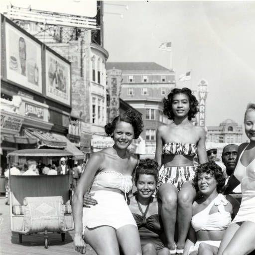Bathing Beauties on the Boardwalk in Atlantic City, New Jersey :: John W. Mosley Photographs