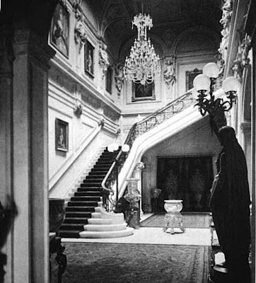 The Gilded Age Era: The Astor Double Mansion on Fifth Avenue