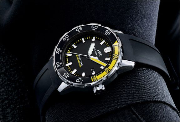 IWC Aquatimer Automatic 2000 Divers Watch