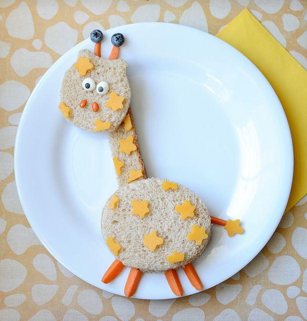 Ce sandwich girafe est vraiment à croquer :) #kiri #recette #sandwich #creamcheese #yummy #fromage #Miam #enfant #recipe #cute #animals