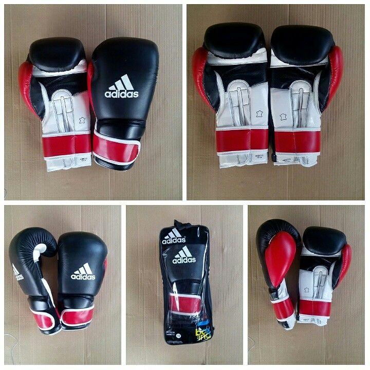 Sarung Tinju Adidas adiBC12 Boxing Gloves