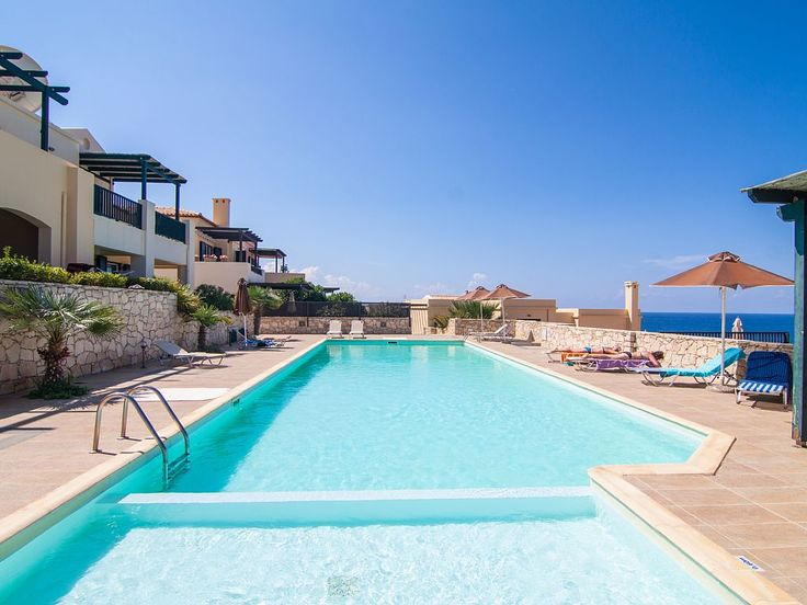 Panormos house rental - The pool has a shallow 3x4 m compartment for children.