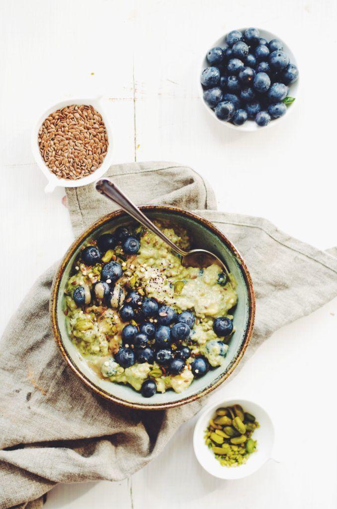 Matcha quinoa muesli with blueberries and banana (gf,v)