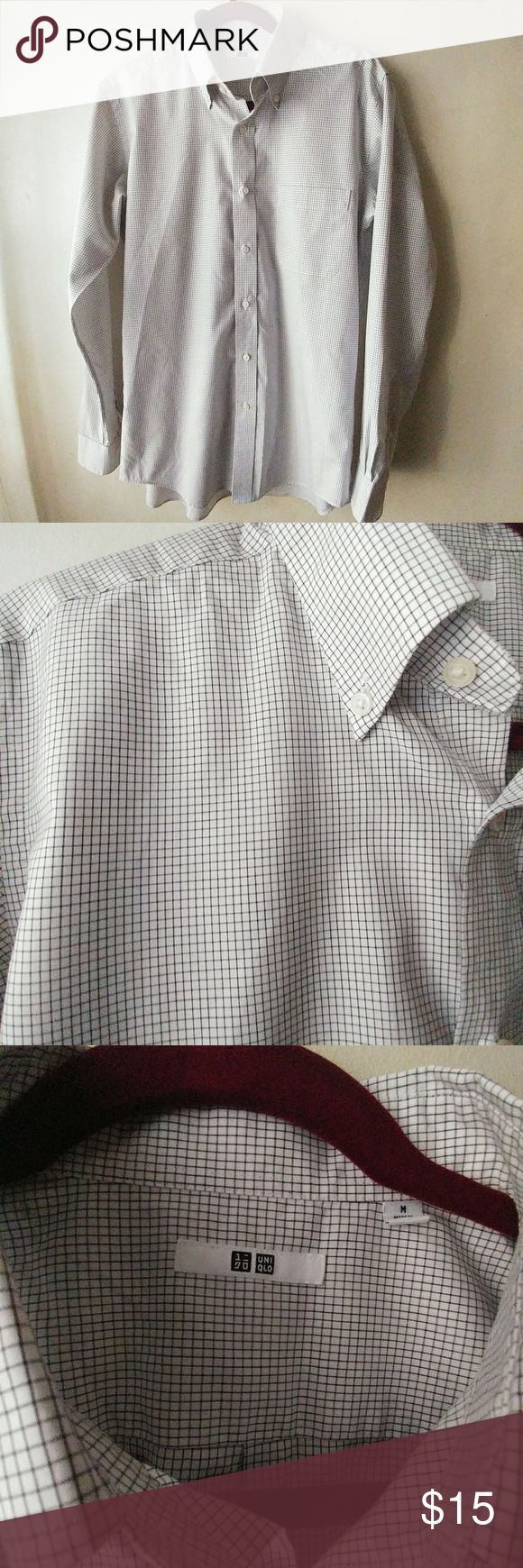 Uniqlo Mens Casual Button Down Shirt Superb condition, no ring around the the collar or cuffs, no stains, snags or pulls. Very good quality. 21 inches pit to pit, 25 inch sleeve, 30 inches in length. 18 inches across shoulders. If you have any questions, please feel free to ask. Uniqlo Shirts Casual Button Down Shirts