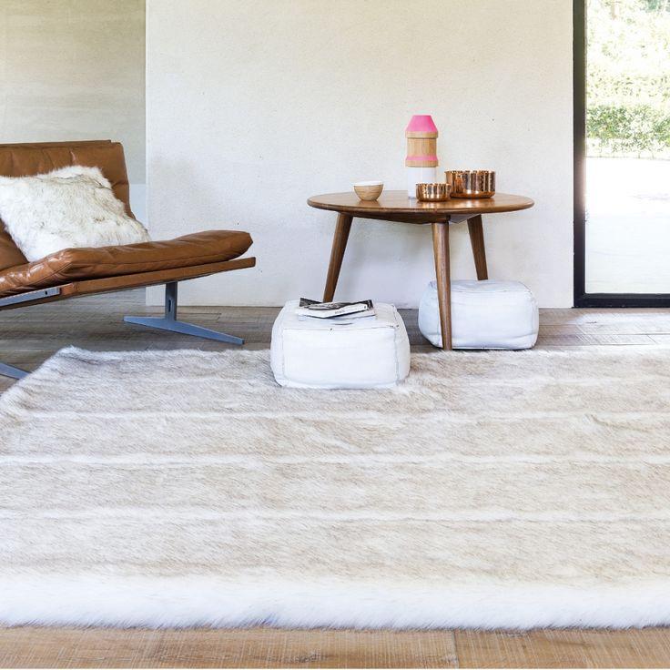 Les 25 meilleures id es concernant tapis de fourrure sur - Tapis fausse fourrure blanc ...