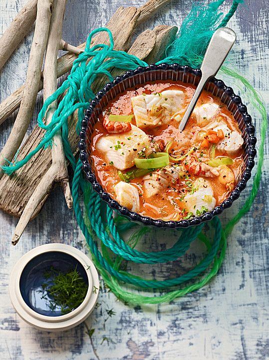 Fischsuppe mit Krabben und Krebsen